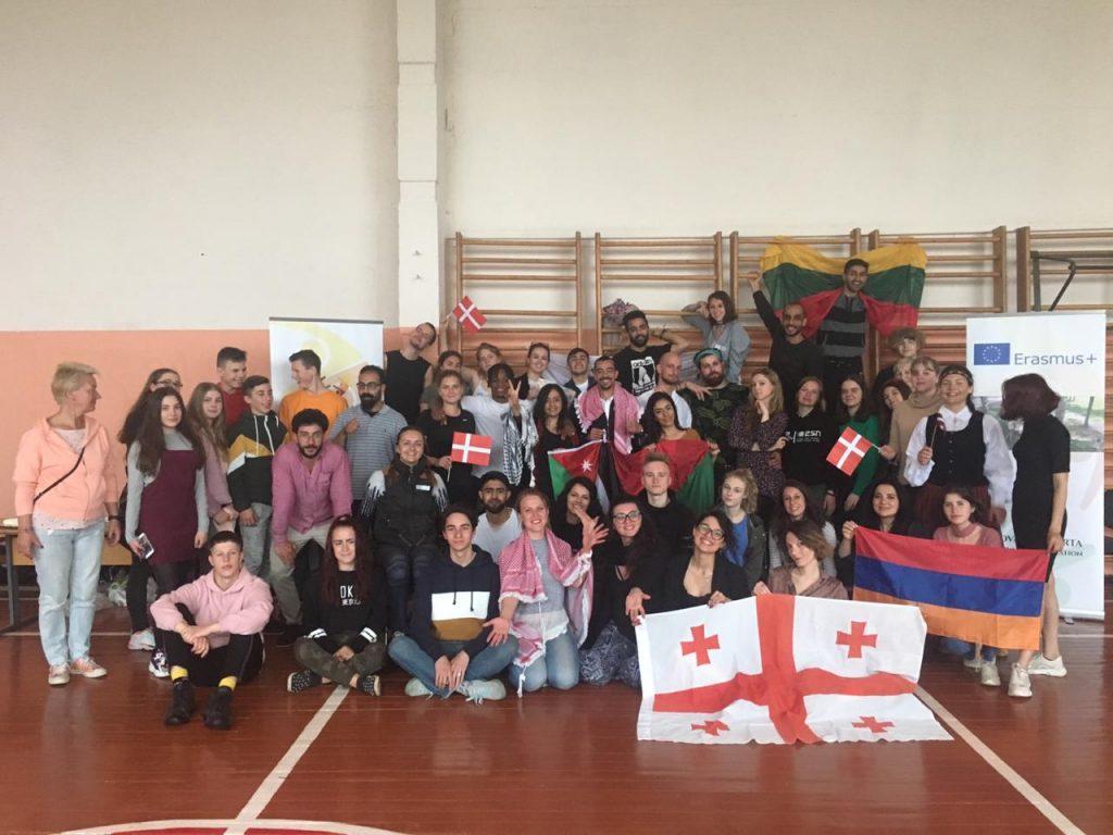 youth exchange in Perloja